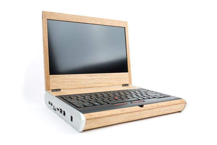 Ноутбук из дерева