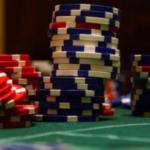 Казино Гаминаторслотс при игре на реальные деньги тщательно следит за игроком